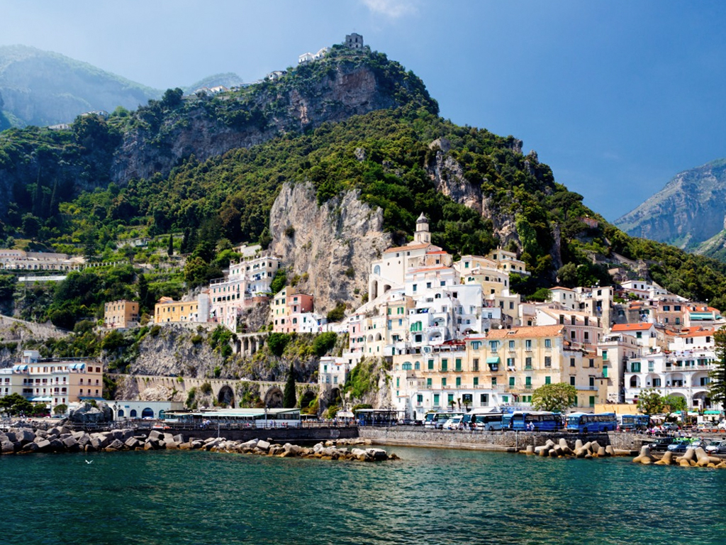 the village of Amalfi