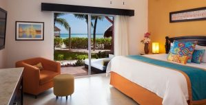EDM Mi Hotelito Beachfront Suite