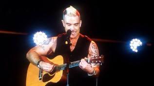 9.Robbie Williams - Bucuresti FM