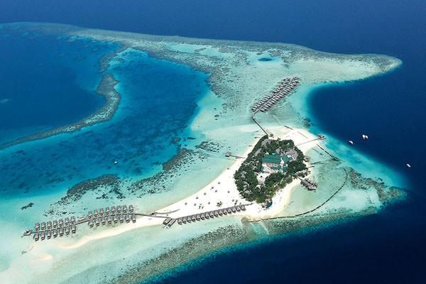 Moofushi Island