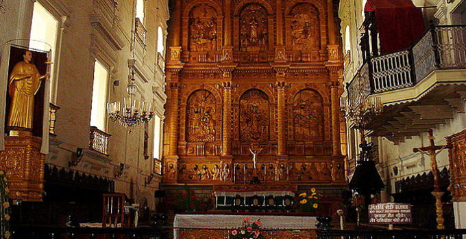 Main Altar, Se Cathedral in Goa