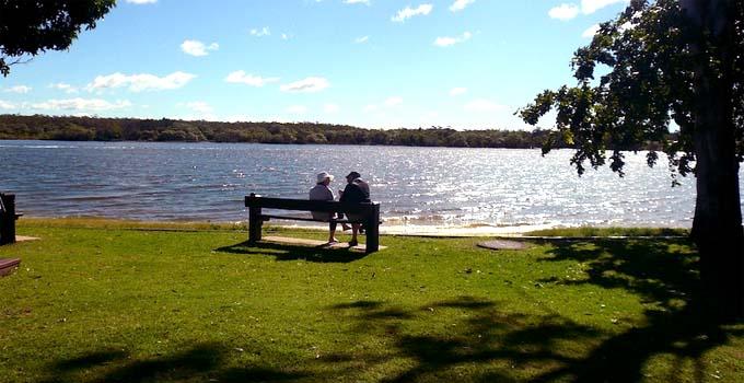 Couples at Noosa River