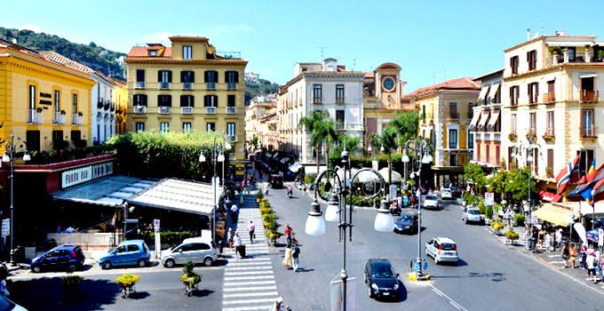 Piazza Tasso B&B in Sorrento