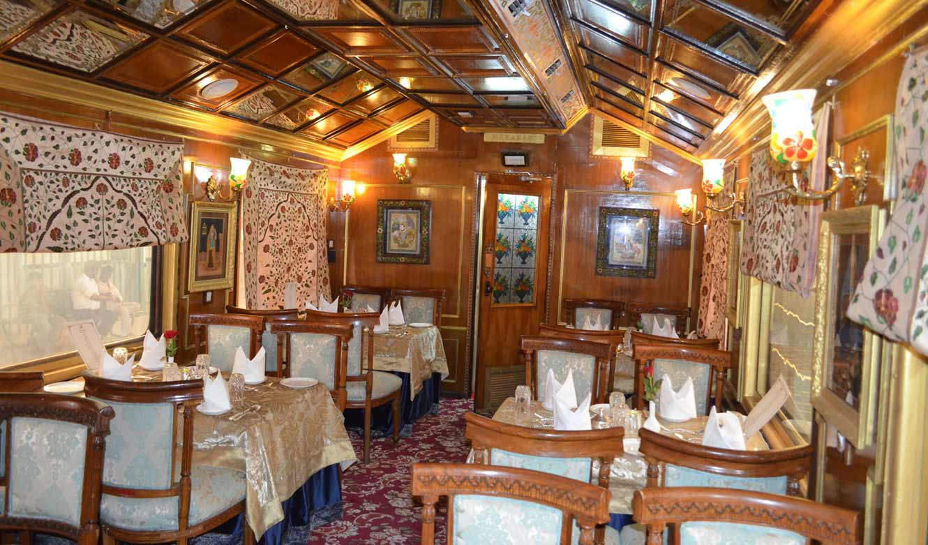 palace-on-wheels-restaurant