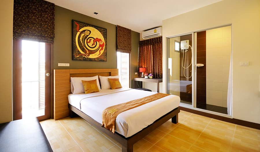 Romantic Budget Hotel Sleep Withinn Bangkok