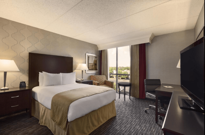 Room in DoubleTree by Hilton Dearborn, Michigan