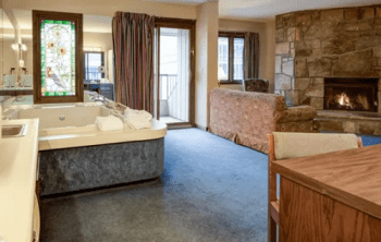 Sidney James Mountain Lodge - one of the most romantic hotels in Gatlinburg