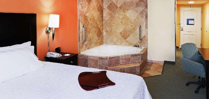 Room with a whirlpool tub in Hampton Inn and Suites Austin - Lakeway, TX