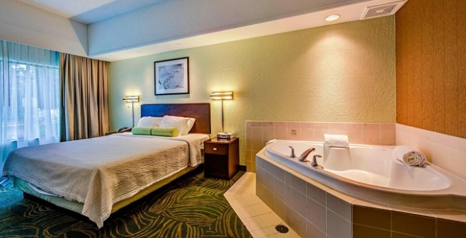 Whirlpool suite in SpringHill Suites Dayton South-Miamisburg hotel, Ohio