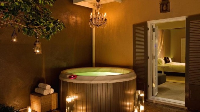 Jacuzzi suite in W New Orleans - French Quarter Hotel