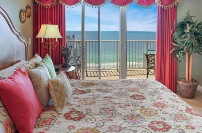 Beachfront vacation rental in Ariel Dunes by Seascape Resort, Destin, FL