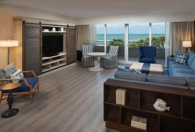 Oceanfront hotel suite in Resort at Longboat Key Club, Sarasota, FL