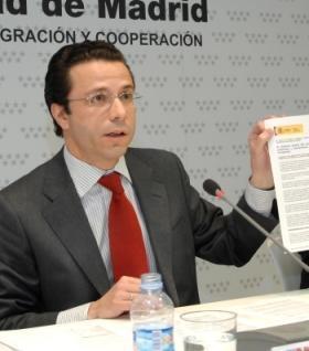 Miniştrii regionali critică reducerea bugetului pentru Imigraţie