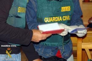 Românce prostituate cu forţa în Spania şi date la schimb pe maşini