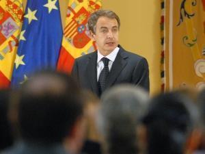 Zapatero justifică austeritatea cu promisiunea creşterii economice peste 5 ani
