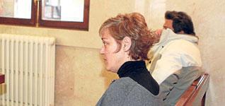 Procurorul cere 45 de ani inchisoare pentru parintii care si-au maltratat copilul adoptat din Romania