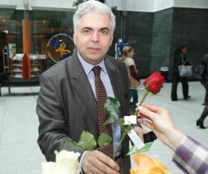 Ponta vrea demisia lui Adrian Severin