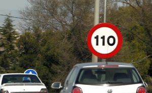 Limita de viteza pe autostrazile spaniole revine la 120 km/h