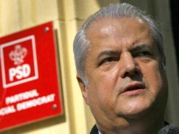 Adrian Nastase, condamnat pentru santaj si achitat pentru mita
