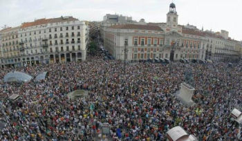 Timpul nu vindeca si indignarea – 15M revine pe strazi in Spania