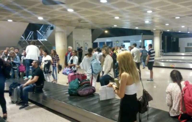 Cursă Wizz Air de la București deviată la Barcelona