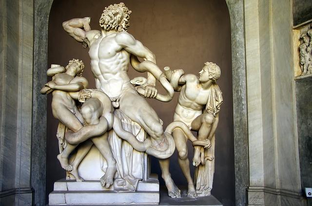 Estátua Laocoonte e seus filhos