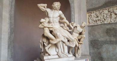 Laocoonte e seus filhos