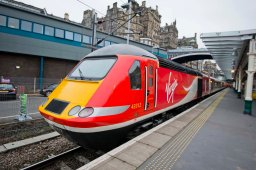 Virgin-Train-at-Edinburgh-Waverley-station