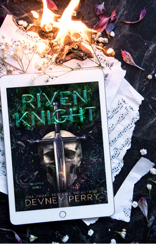 #CoverLove | Riven Knight by Devney Perry