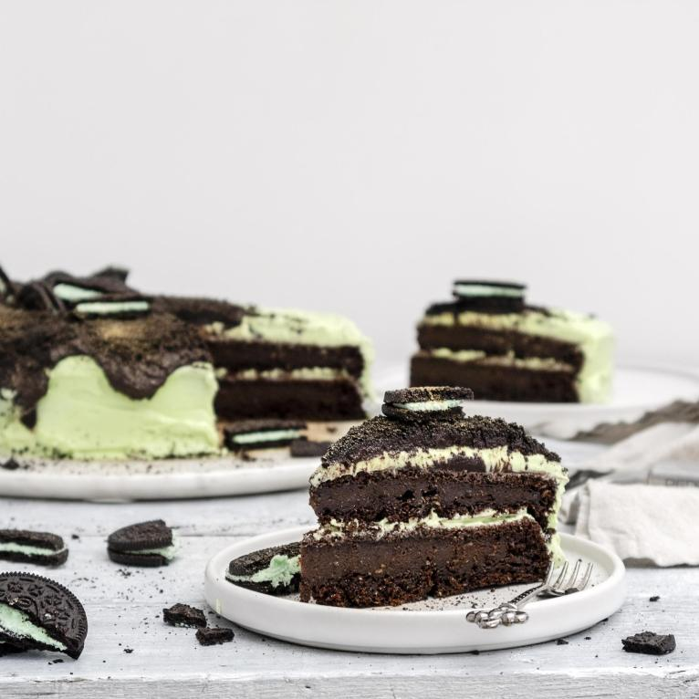 Vegan Chocolate & Mint Oreo Cake Recipe