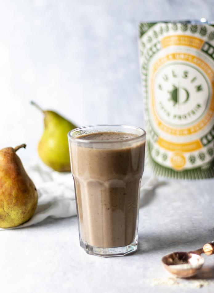 Pear & Cinnamon Smoothie (Vegan)