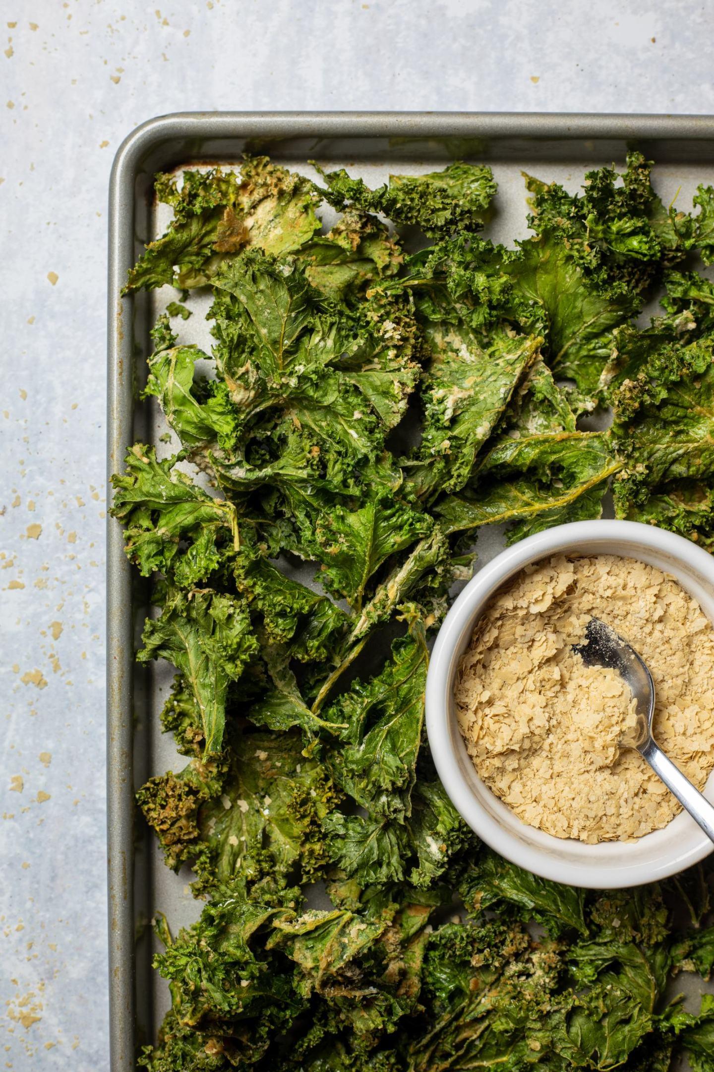 Vegan Cheese & Onion Kale Chips
