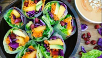Photo of Friss saláta,zöldségek rizspapírba csomagolva