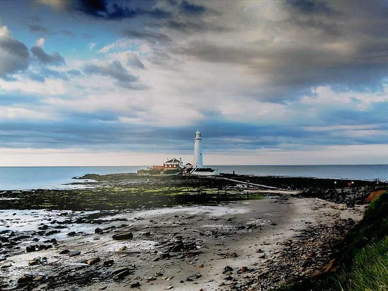 St Mary's Lighthouse - Photo