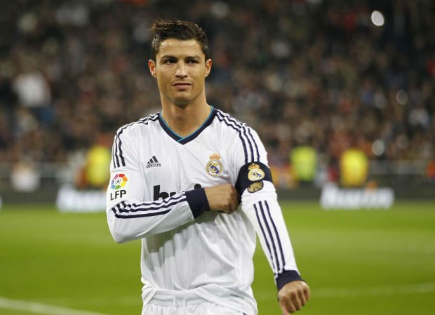 sr4-14092016-marcelo-insists-cristiano-ronaldo-is-the-best-but-many-try-to-say-differently-003