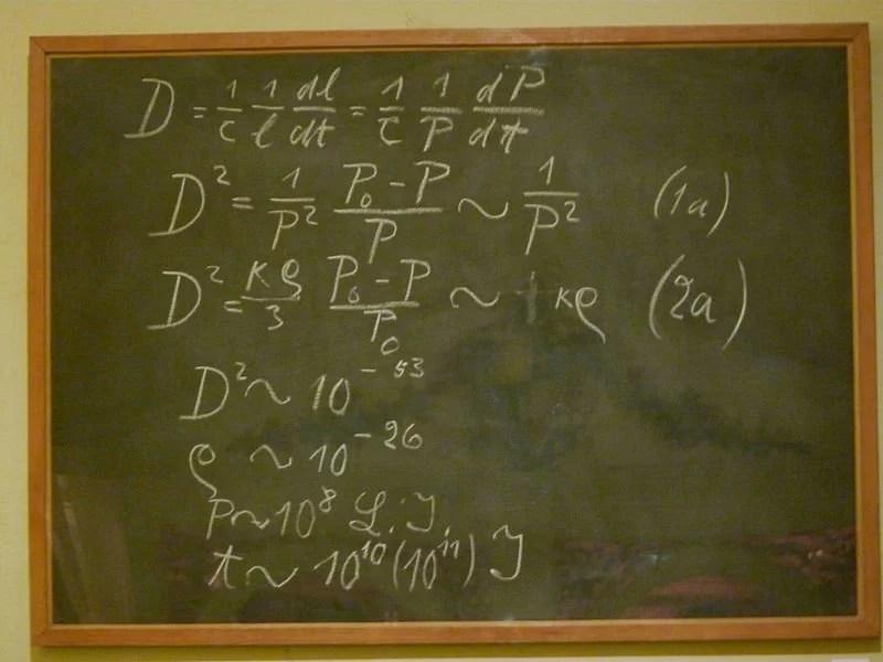 Einstein_blackboard
