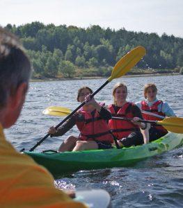location canoe lac naussac lozere vacances
