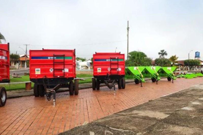 Com produção diária de 200 mil litros de leite, municípios da regional Rio Machado recebem equipamentos do ProLeite