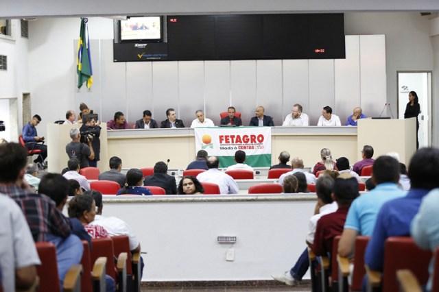 Assembleia realiza Audiência Pública para discutir cadeia de produção de leite