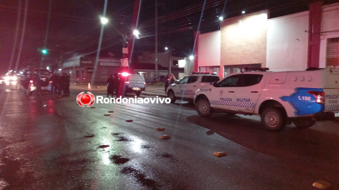 VÍDEOS: Quadrilha com carro roubado é presa após perseguição e tiroteio