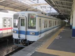 川越駅に到着した快速