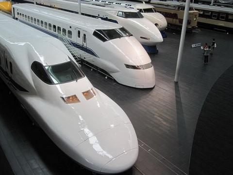 歴代の新幹線車両たち