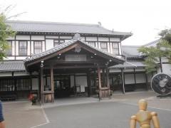 梅小路蒸気機関車館(旧二条駅舎)