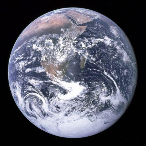 アポロ17号が捉えた「ザ・ブルー・マーブル」