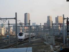 東京方面へ出発した「ひたち1号」