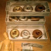 ドーナッツ型のメダルが無理ならば…メダル型の…