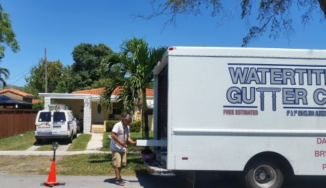 Watertite Gutter Co at Roofer Mike's house !!!