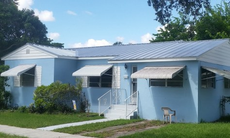 Englert 1101 Galvalume Standing-Seam Metal Roof in Miami Springs, FL