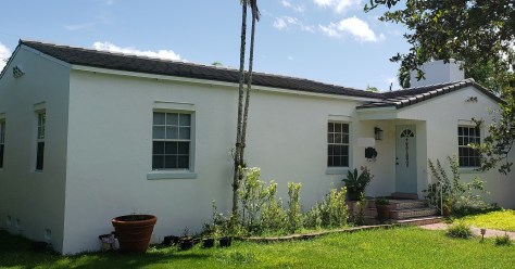Concrete tile roof in West Miami