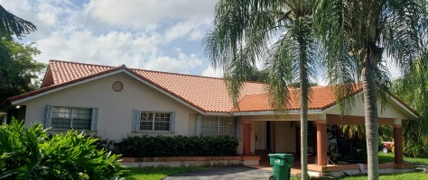 Verea clay tile roof